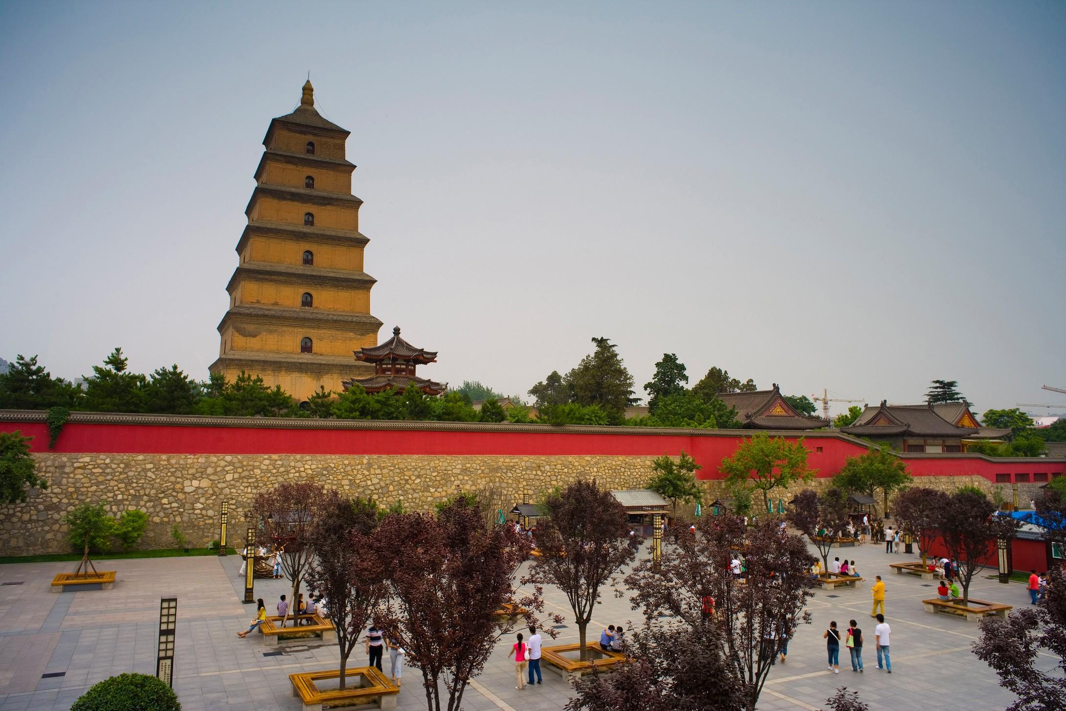 一日读懂千年 上午                 专题教学: 1,大雁塔广场,聆听